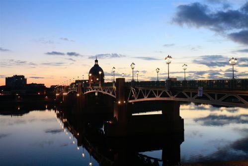 Vue de Toulouse, Dôme de La Grave, Pont